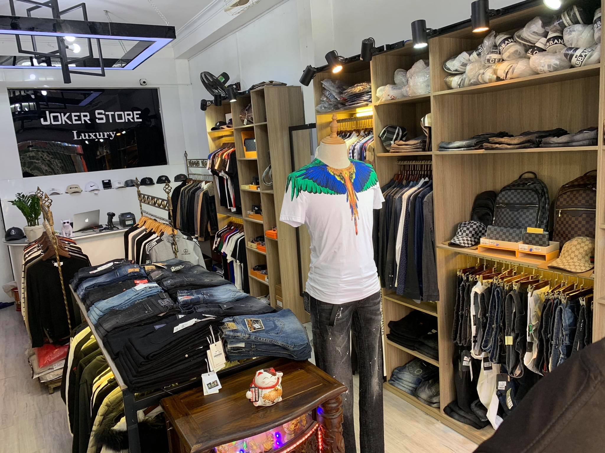 Joker Store Hue
