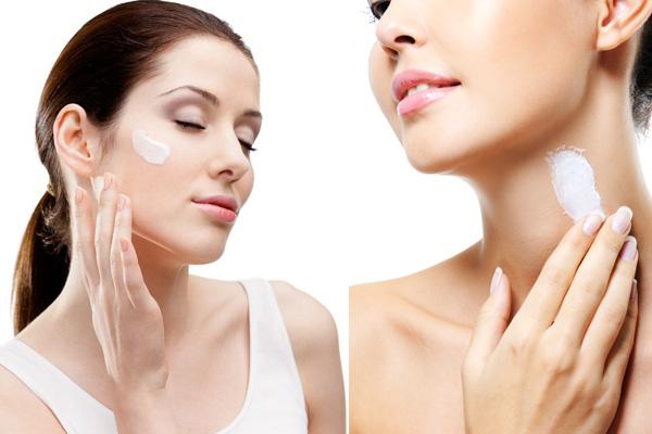 Mẹo trang điểm không được quên đó là phải dùng kem chống năng cho cả mặt và cổ